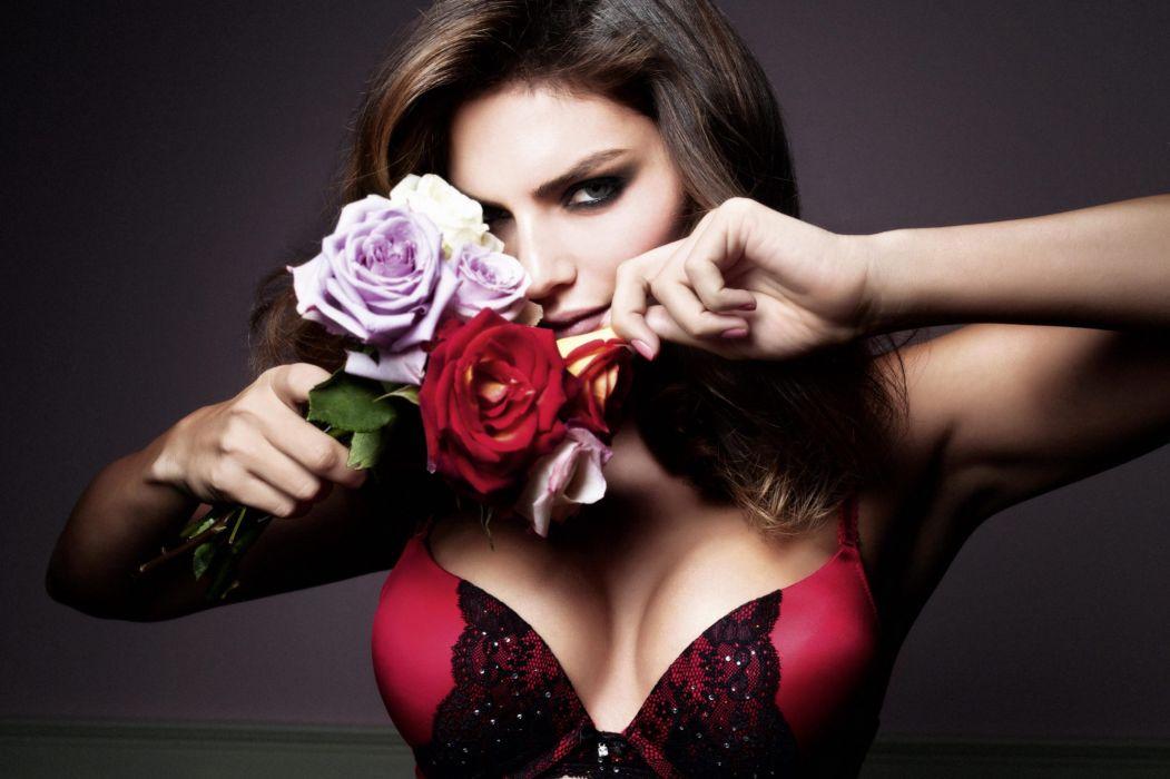 Alyssa Miller Roses Bra Breast Glance Girls wallpaper