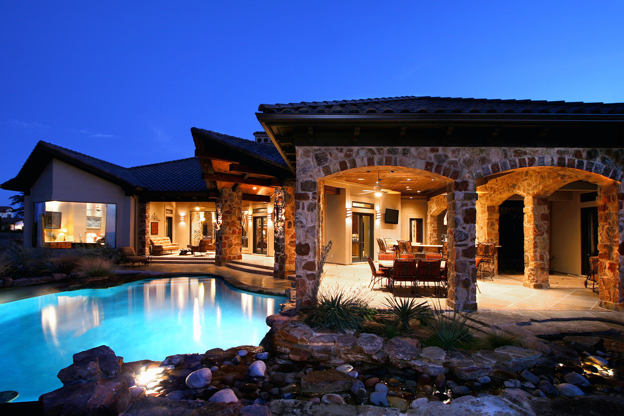 Stone Pool Home House Interior Wallpaper 2100x1400 171754