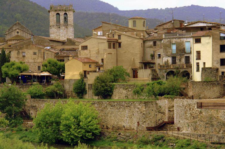 Spain Houses Catalunya Besalu Cities wallpaper