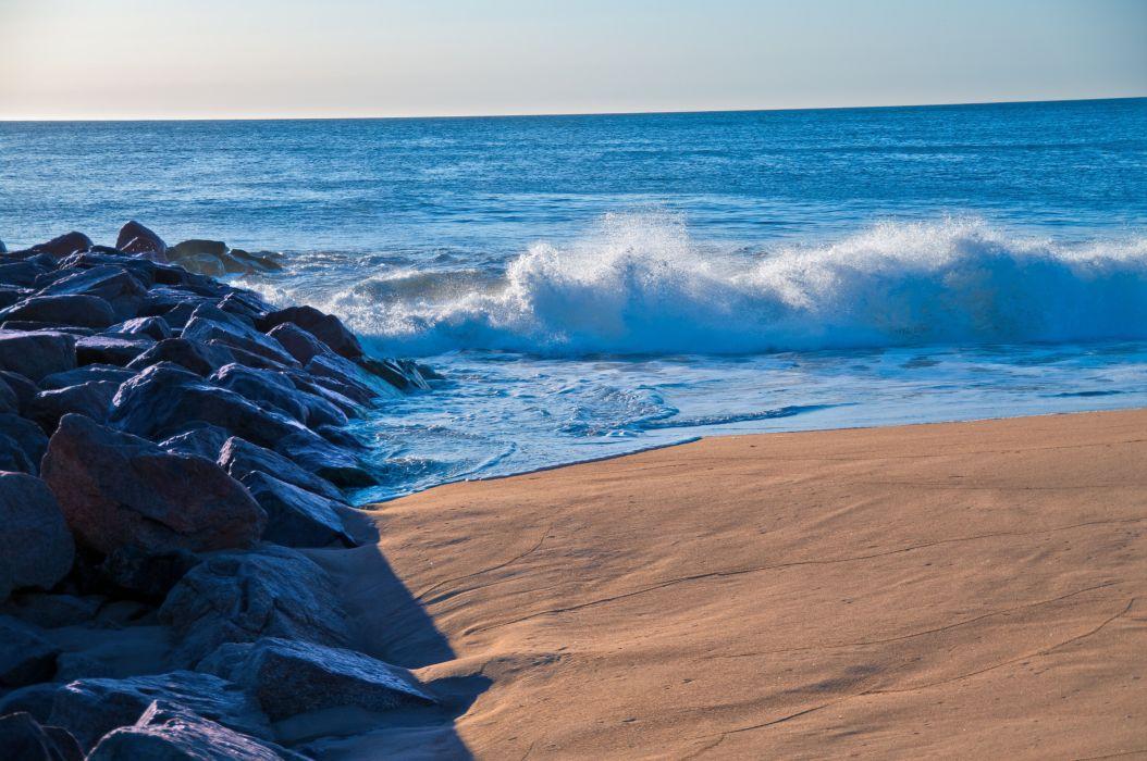sea splash rocks beach landscape wallpaper