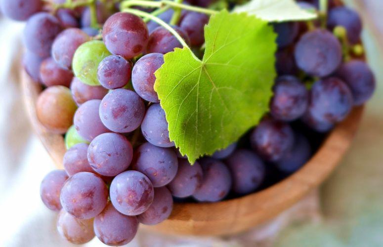 Fruit Grapes Closeup Foliage Food wallpaper