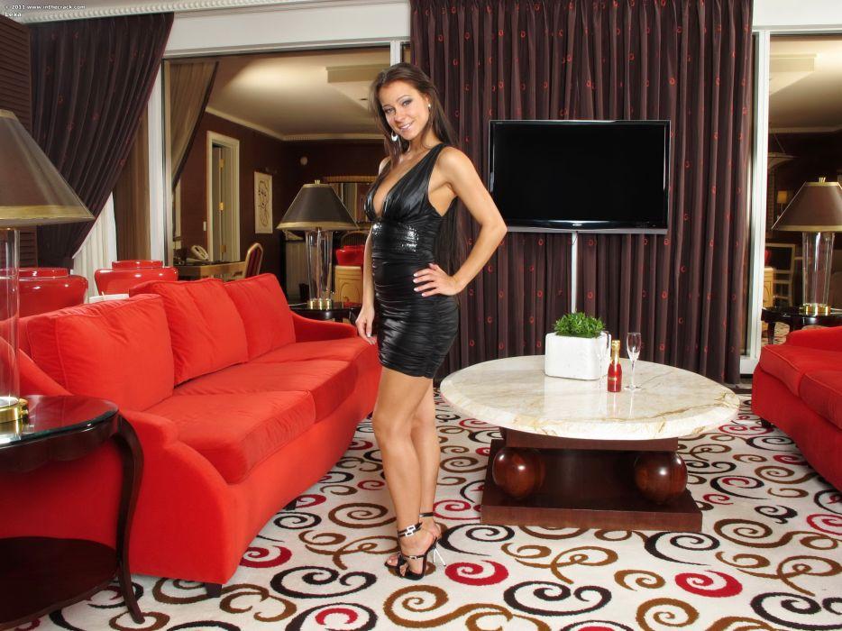 Melisa Mendiny Dress Latex Sofa Room Design Girls wallpaper