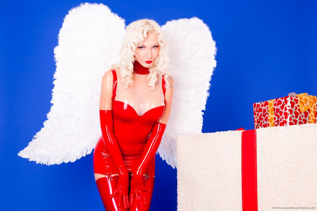 Susan Wayland Angels Latex Wings Gifts Blonde girl Girls glam wallpaper