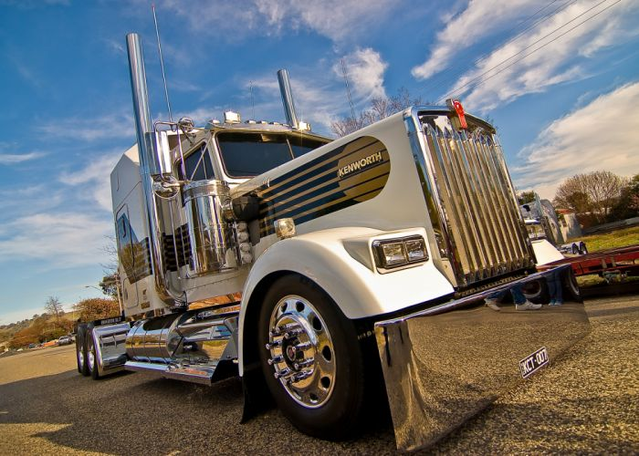 Kenworth W900 007 Limited Edition wallpaper