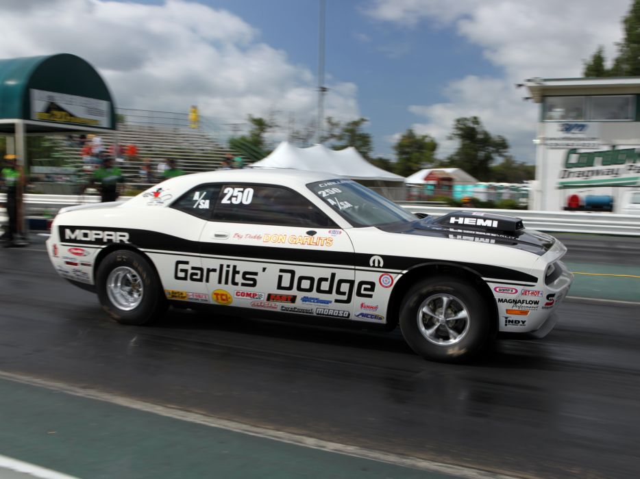 2009 Dodge Challenger R-T Drag Pak (LC) race racing muscle hot rod rods    r wallpaper