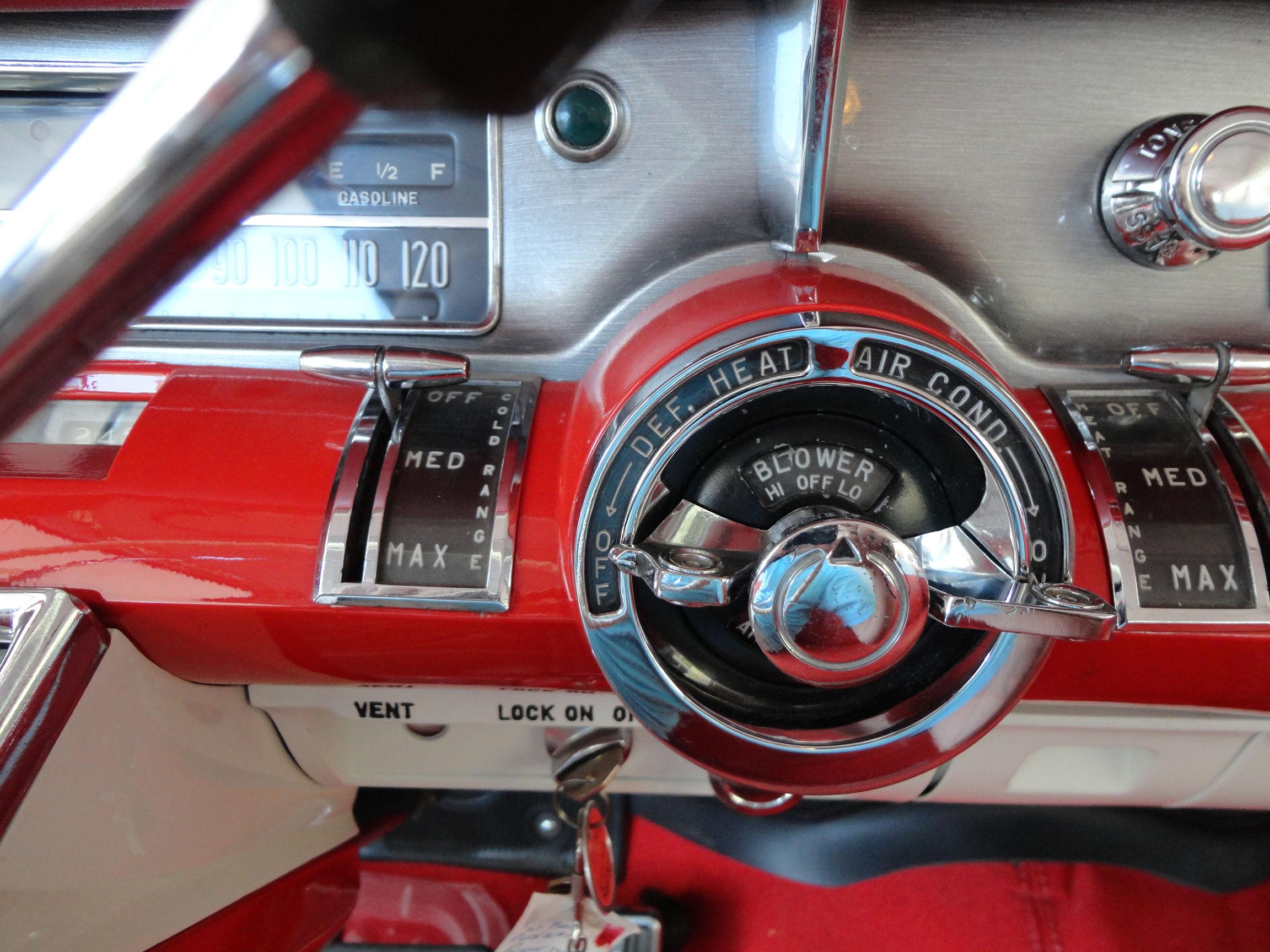 1957 Buick Caballero Estate Stationwagon Retro Interior H