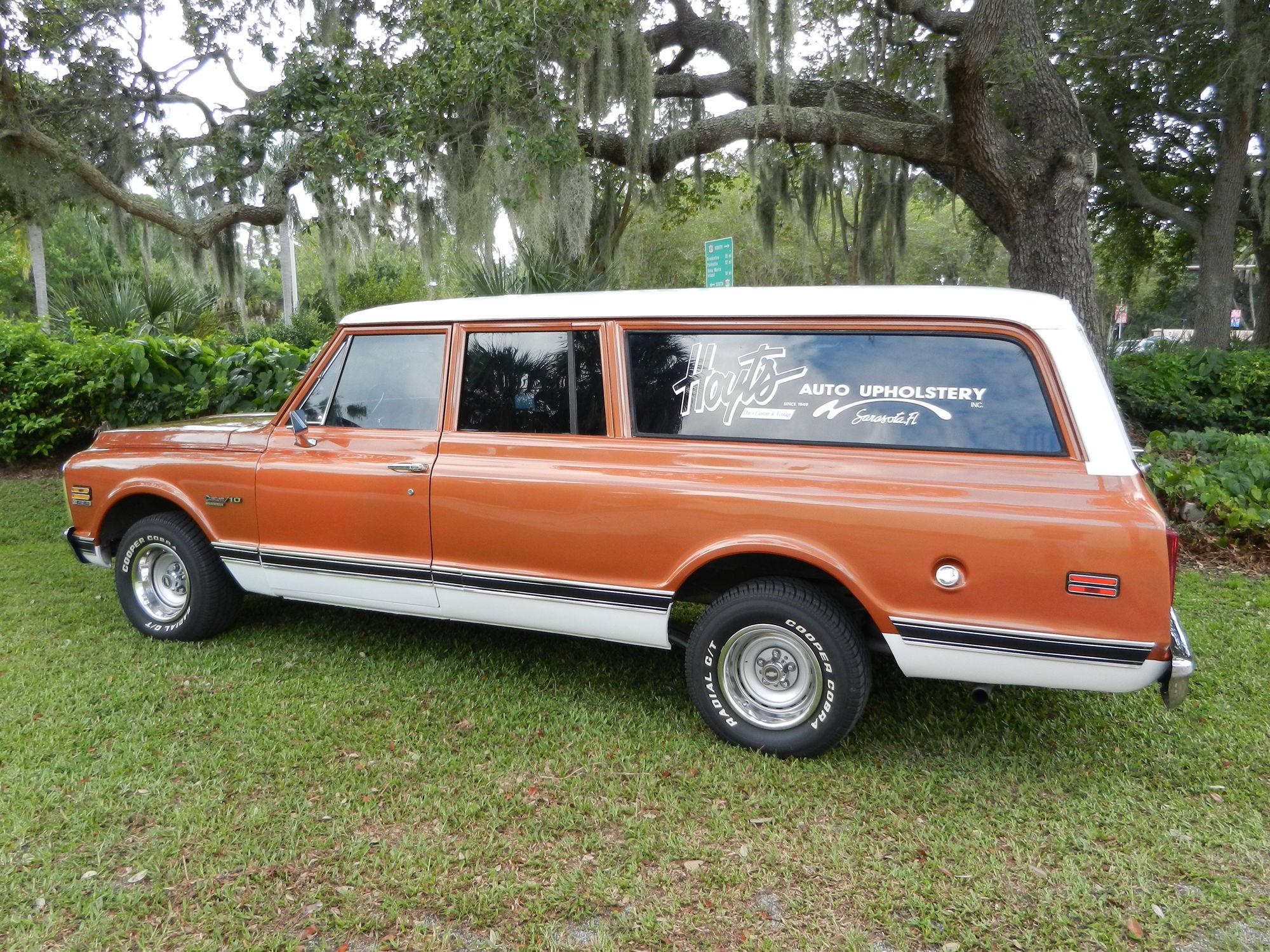 1972 chevrolet suburban 3 door suv classic g wallpaper for 10 door suburban