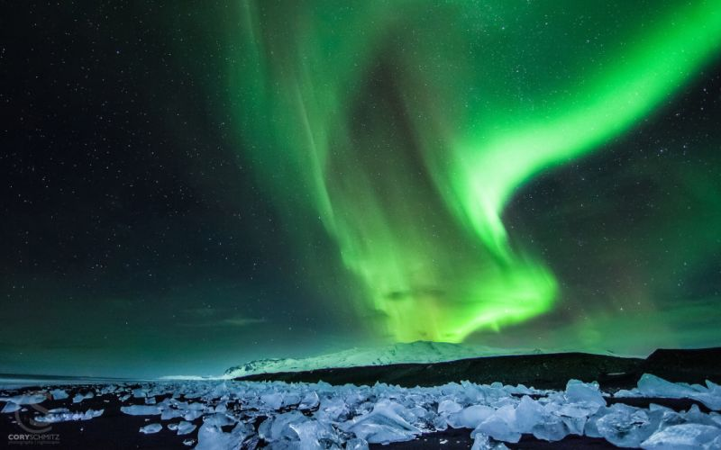 Aurora Borealis Northern Lights Night Green Stars Ice wallpaper