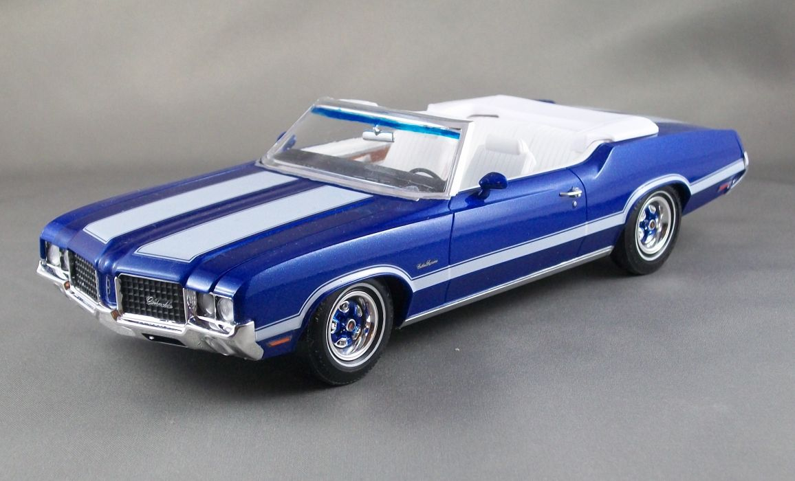 1972 Olds Cutlass Supreme muscle classic convertible         g_JPG wallpaper