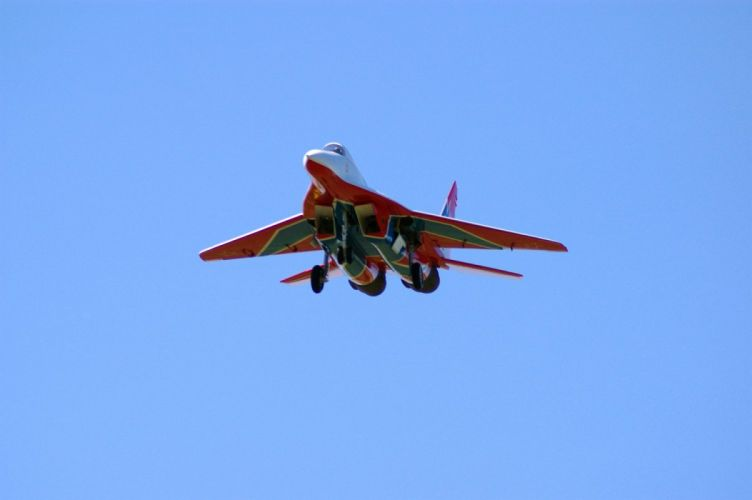 RADIO CONTROLLED airplane aircraft plane toy model military jet v wallpaper