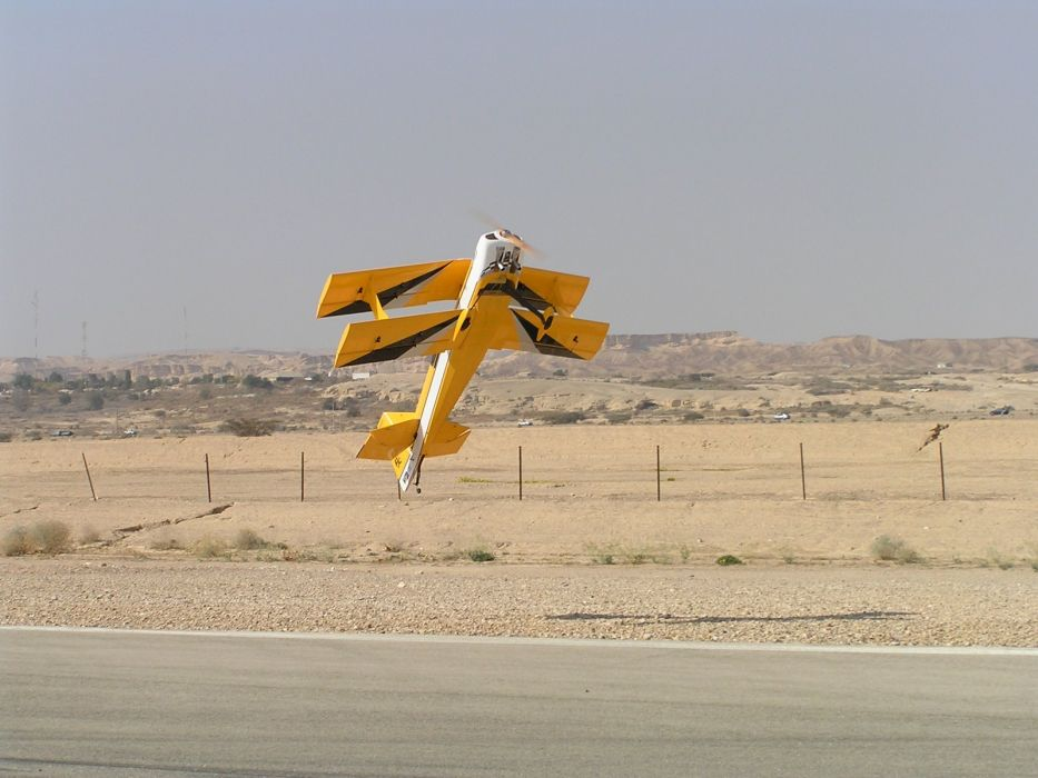 RADIO CONTROLLED airplane aircraft plane toy model bt wallpaper