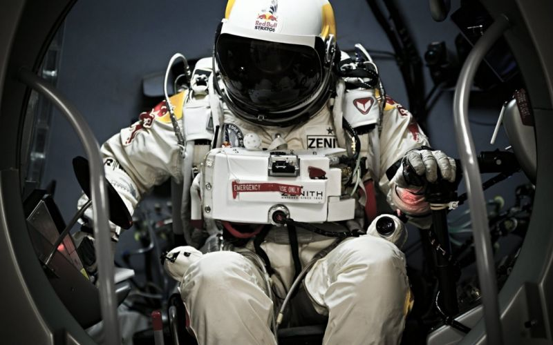 man astronaut helmet wallpaper