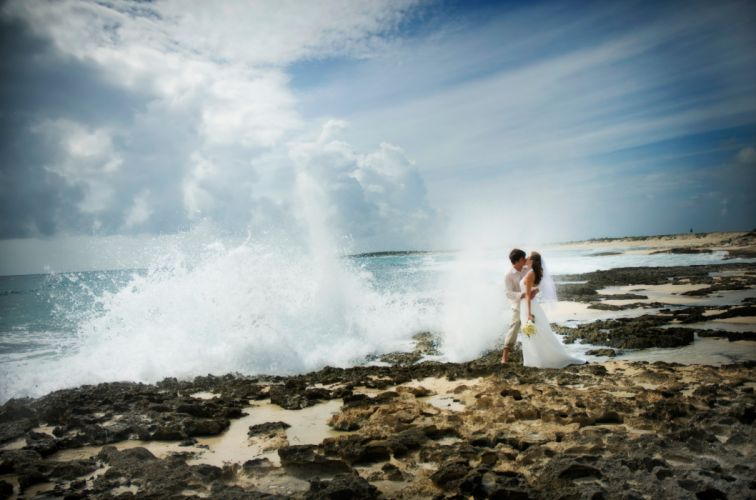 wedding bride gown dress fasshion mood love ocean sea waves wallpaper