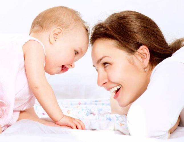 baby cute child kids love r wallpaper