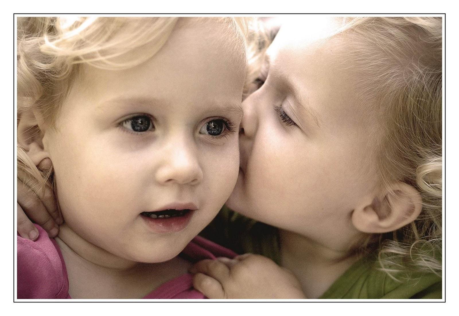 baby kiss cute child kids mood love f wallpaper | 1600x1103 | 176781