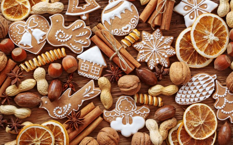 New Year figurines cakes pastries christmas f wallpaper
