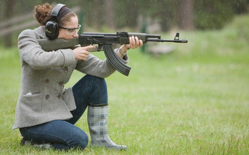 GIRLS WITH GUNS weapon gun girls d wallpaper