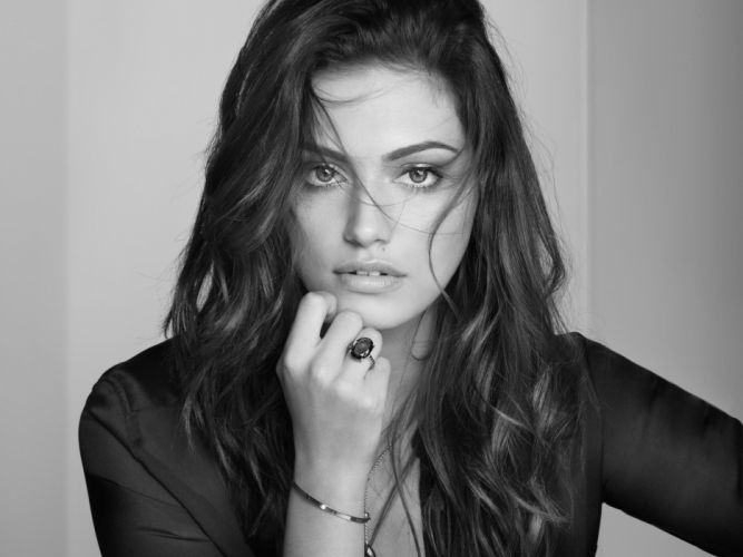 Phoebe Tonkin fashion model actress f wallpaper