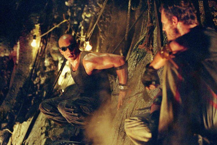 CHRONICLES OF RIDDICK sci-fi vin diesel warrior movie t wallpaper