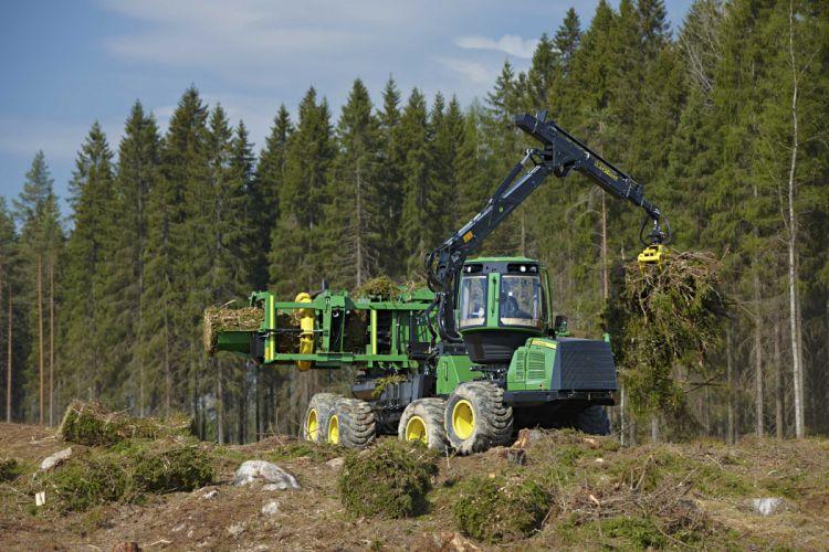 John Deere 1190e Energy Wood Harvester wallpaper