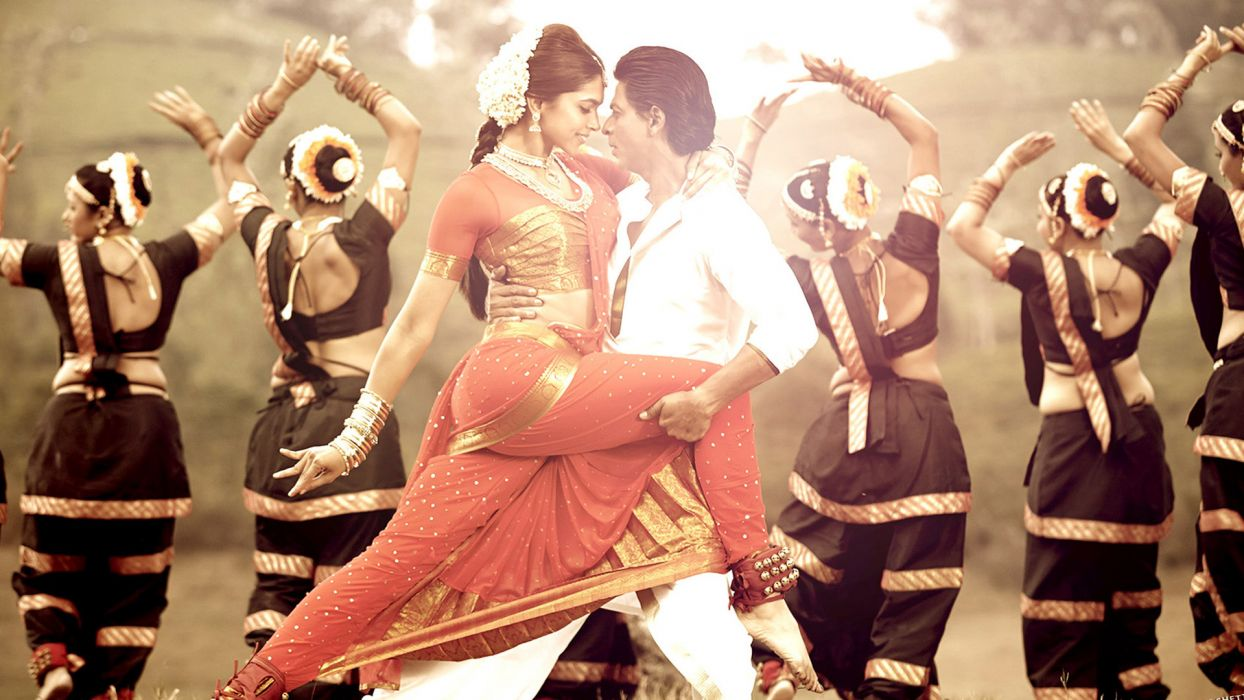 CHENNAI EXPRESS action dance mood     f wallpaper