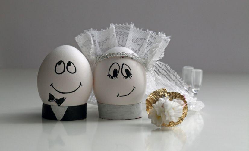 Creative Eggs Wedding Groom Bride Smile mood love f wallpaper