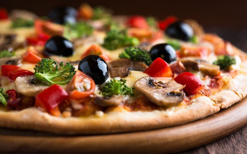 Pizza Macro wallpaper