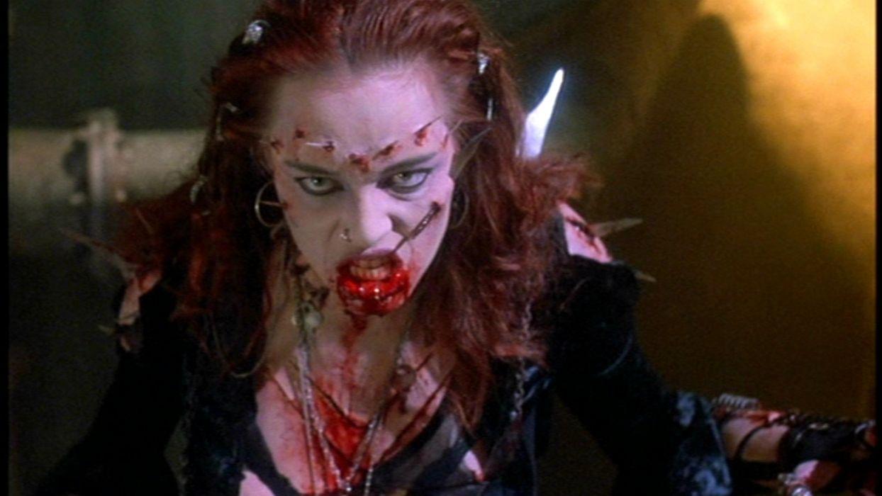 RETURN OF THE LIVING DEAD III Horror Romance Sci-Fi zombie blood    f wallpaper