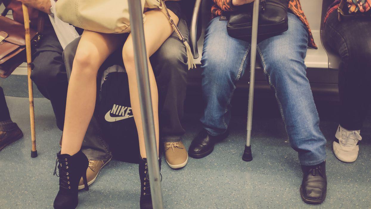 Subway Legs train mood wallpaper