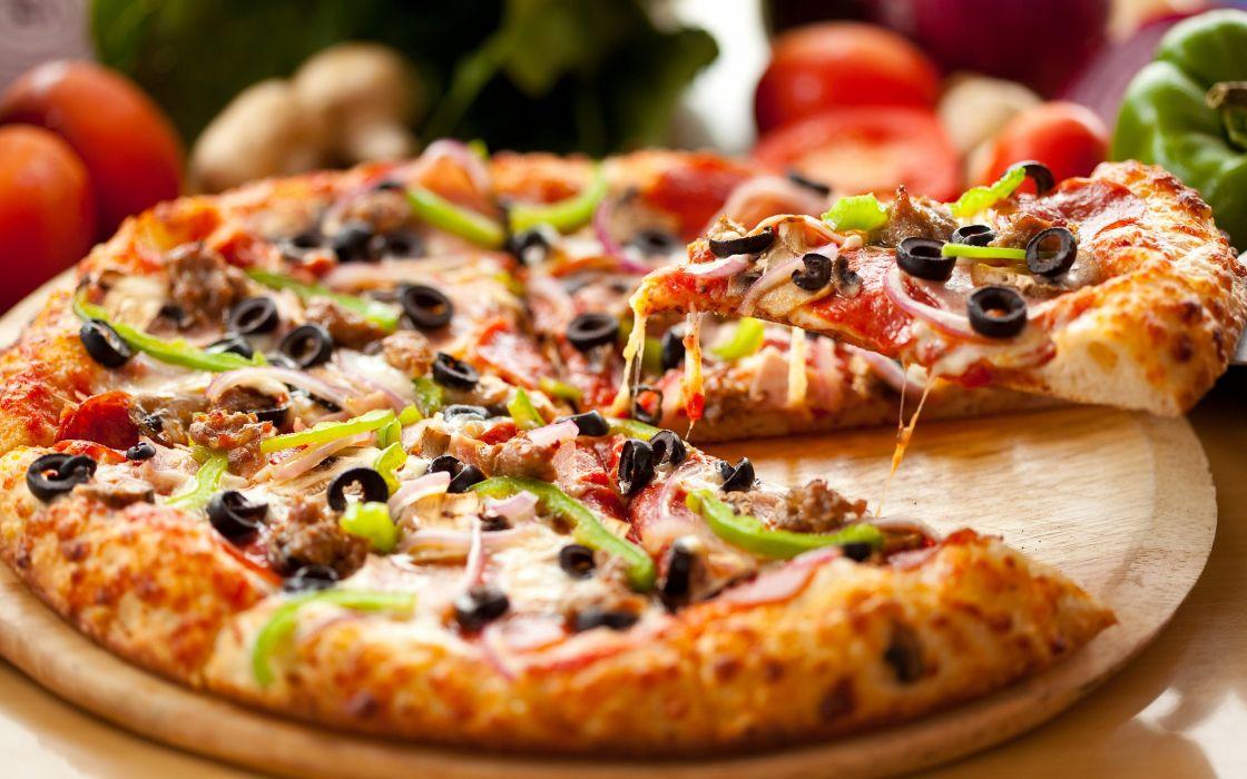 yummy pizza     f wallpaper