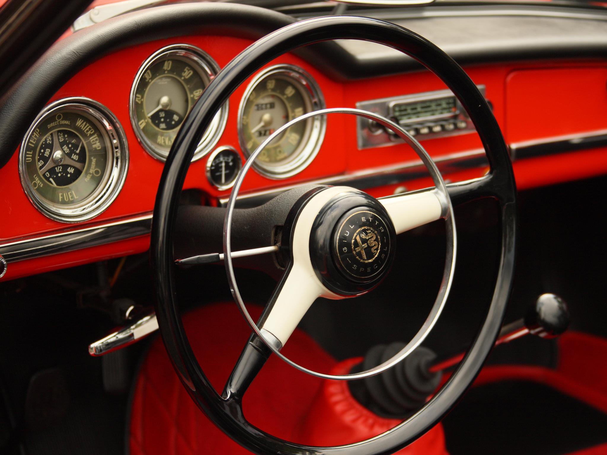 1956 Alfa Romeo Giulietta Spider retro interior g wallpaper