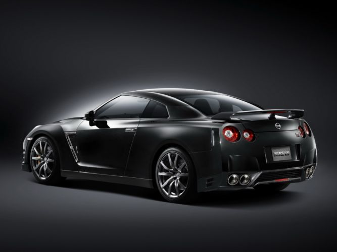 2013 Nissan GT-R JP-spec (R35) supercar t wallpaper