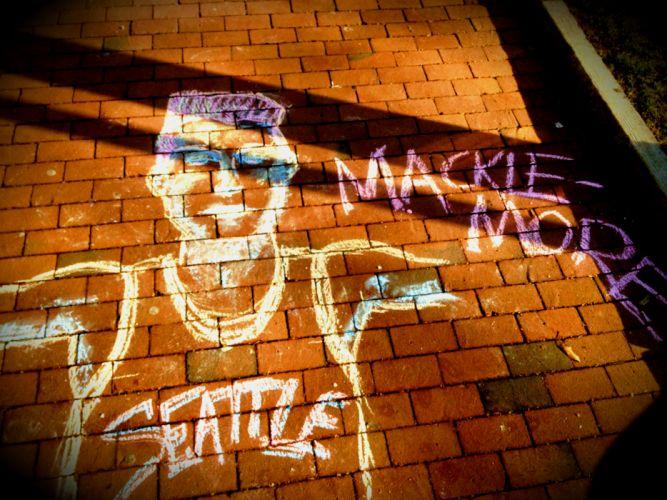 MACKLEMORE ryan lewis rap rapper hip hop graffiti psychedelic seattle g g wallpaper
