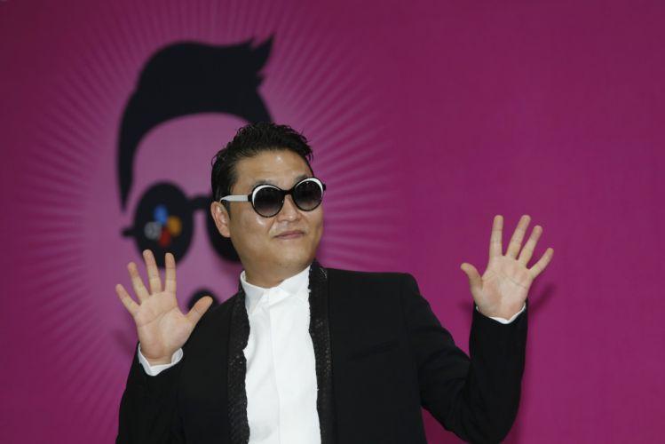 PSY gangnam style korean singer songwriter rapper dancer pop sunglasses glasses f wallpaper