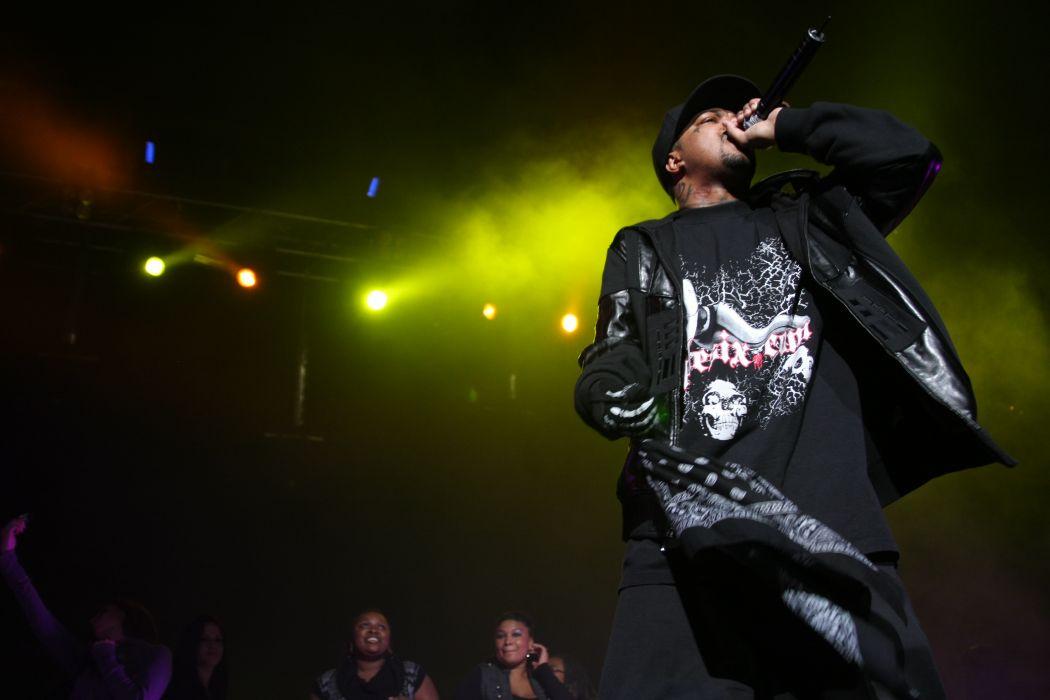 THREE 6 MAFIA gangsta rap rapper hip hop concert microphone     f wallpaper