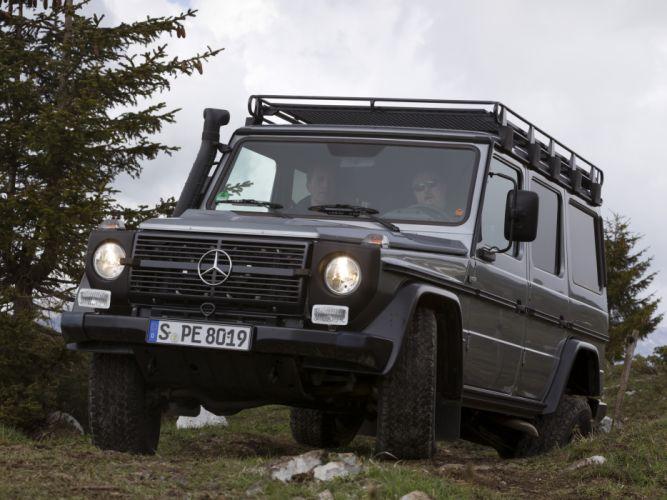 2010 Mercedes Benz G300 CDI Professional (W461) suv 4x4 f wallpaper