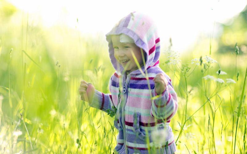 child mood grass field wallpaper