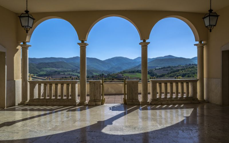Italy Monastery of Santa Rita wallpaper
