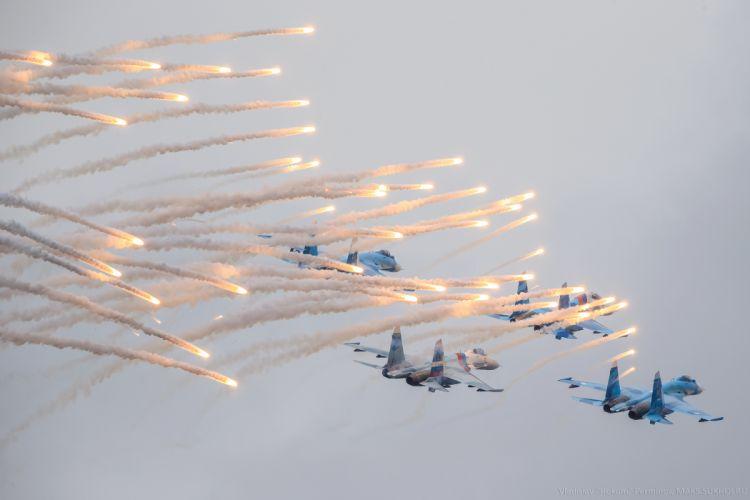 sky aircraft Su-27 Flanker rossiyskiye jet military d wallpaper