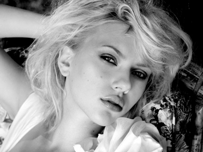 blondes women Scarlett Johansson grayscale faces wallpaper