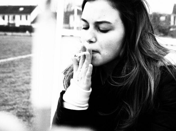 women smoking monochrome cigarettes wallpaper