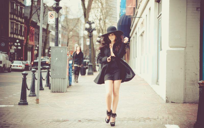 women walk models skirts hats wallpaper