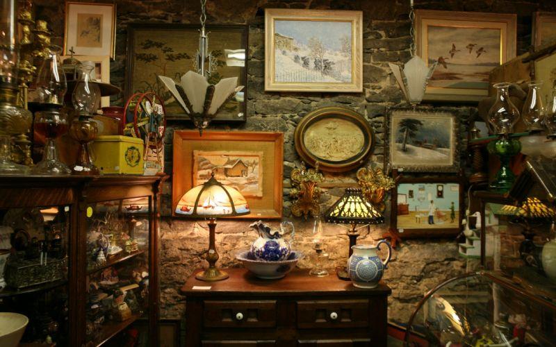 interior antique wallpaper
