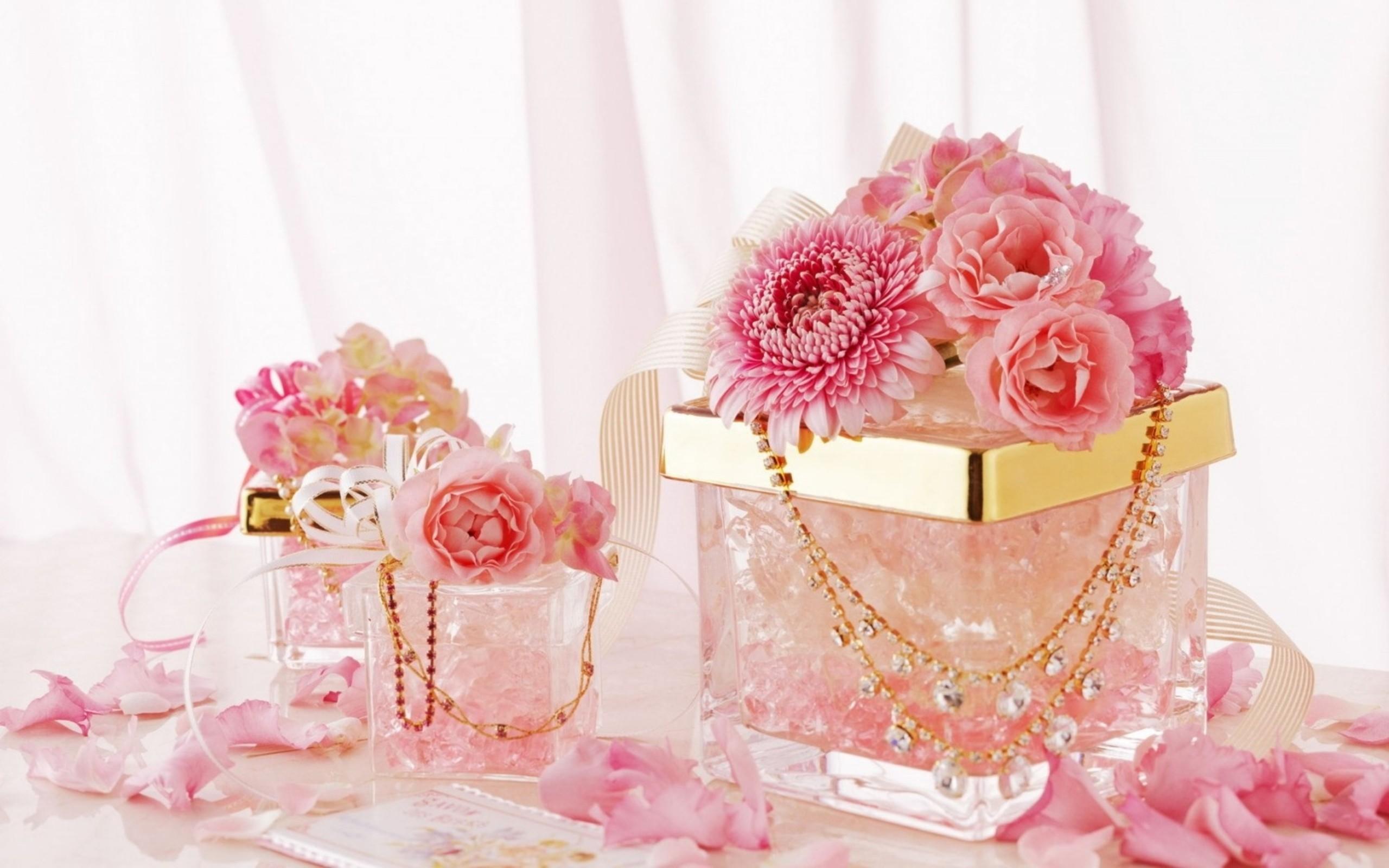 Поздравление с днем рождения розовое