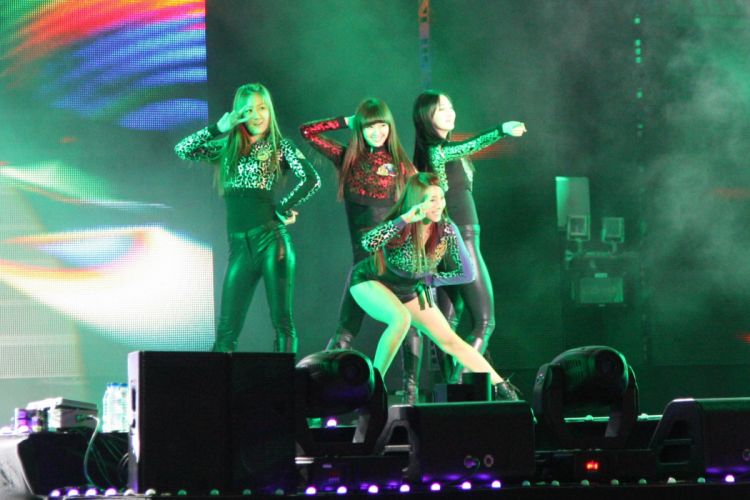 SISTAR K-pop Hip Hop Electronic Dance korea korean kpop pop concert f wallpaper