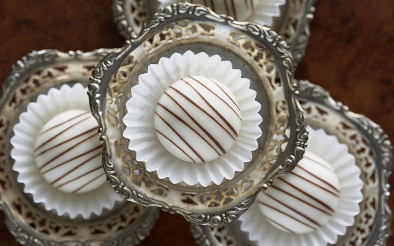 desserts silver muffins wallpaper