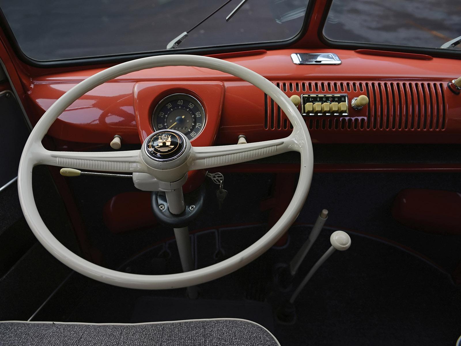 1951 Volkswagen T-1 Deluxe Samba Bus retro interior f ...