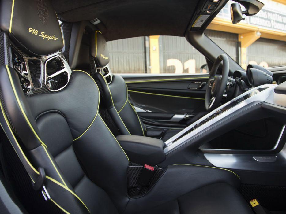 2014 Porsche 918 Spyder Weissach Race Racing Supercar Interior F Wallpaper