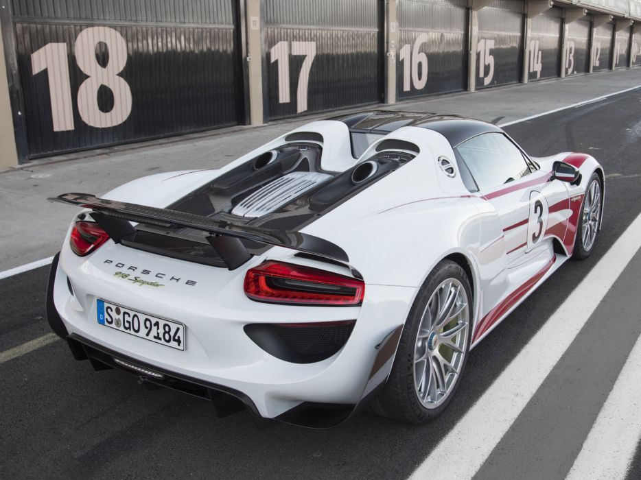 2014 Porsche 918 Spyder Weissach race racing supercar        f wallpaper