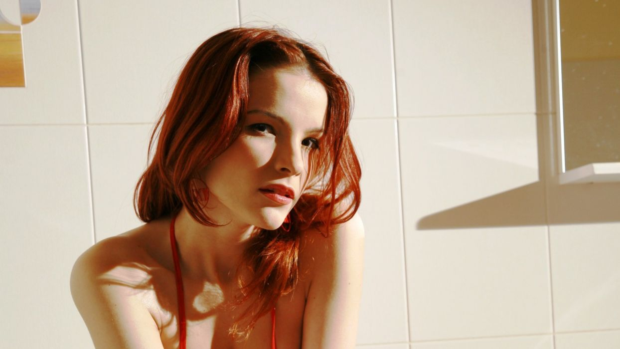 women redheads Ulya I wallpaper